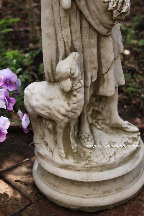 ガーデン石像