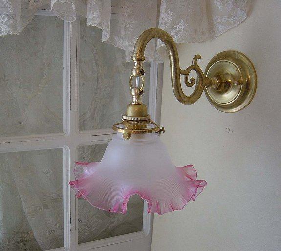 ブラケットランプ
